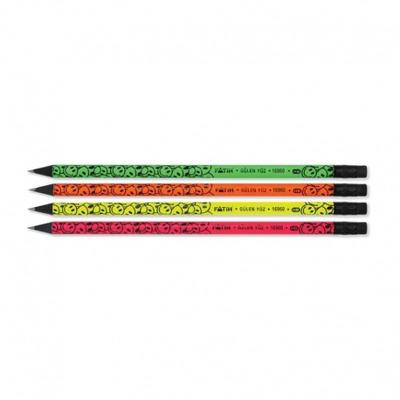 Creion negru cu radiera gulen