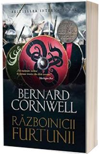 Razboinicii furtunii - Al noualea roman din seria Ultimul Regat